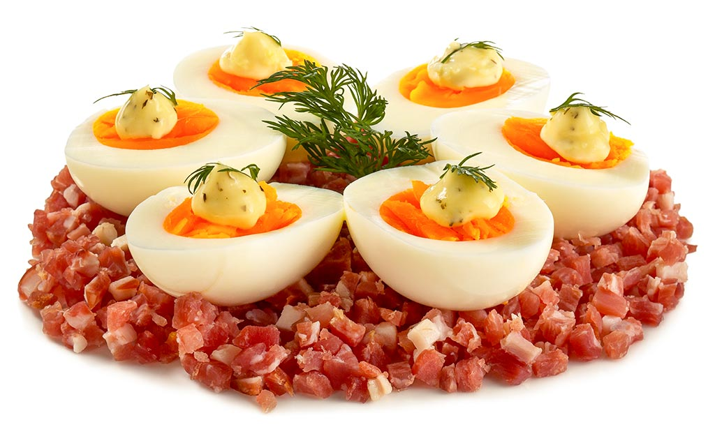 Eggs on a bed of Prosciutto
