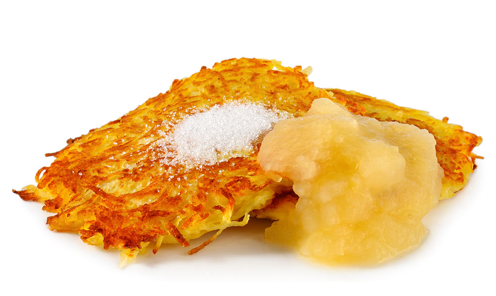 Potato pancakes with apple compote
