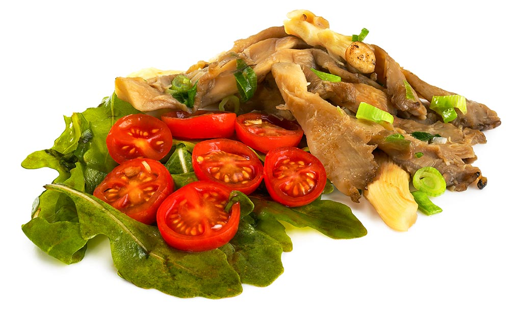 Oyster mushrooms with rocket salad