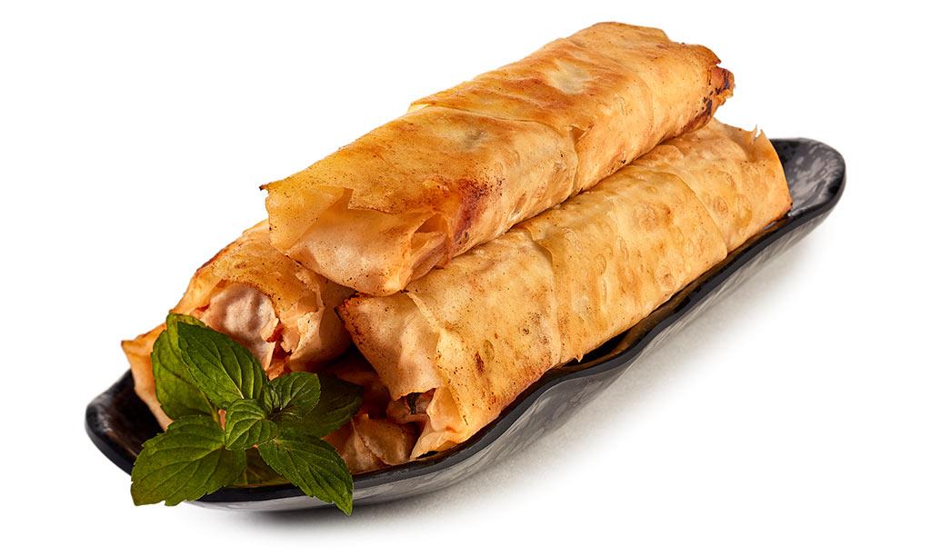 Sigara Börek with minced meat