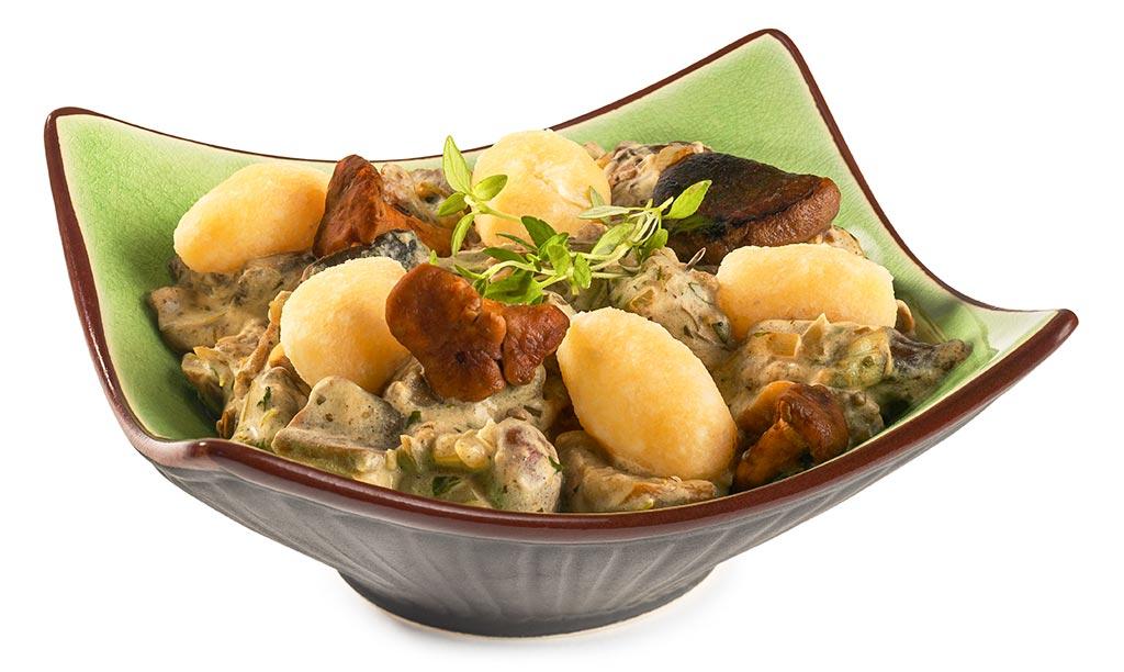 Mushroom-Ragout and Cheese Dumplings