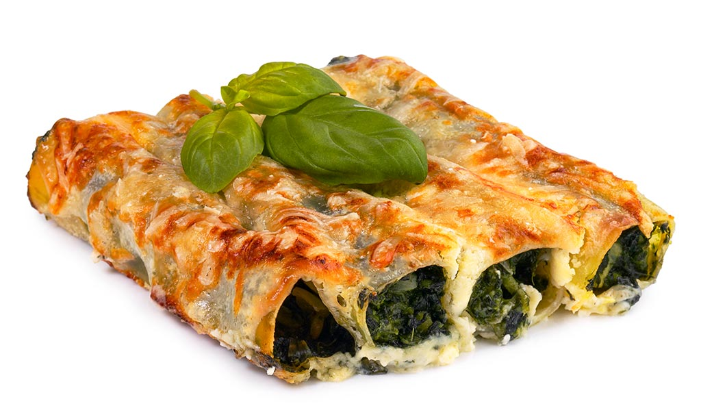 Cannelloni with spinach filling