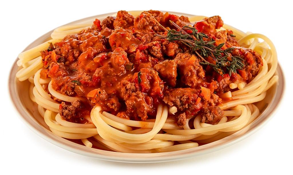 Ajvar tartar minced meat spaghetti