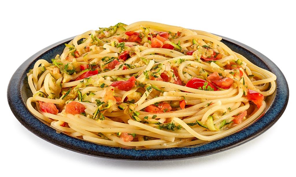 spaghetti mit zucchini rezept. Black Bedroom Furniture Sets. Home Design Ideas