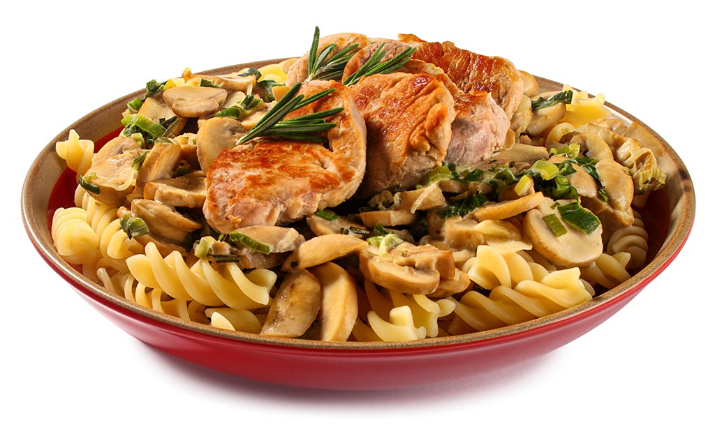 Pork fillet with mushroom noodles