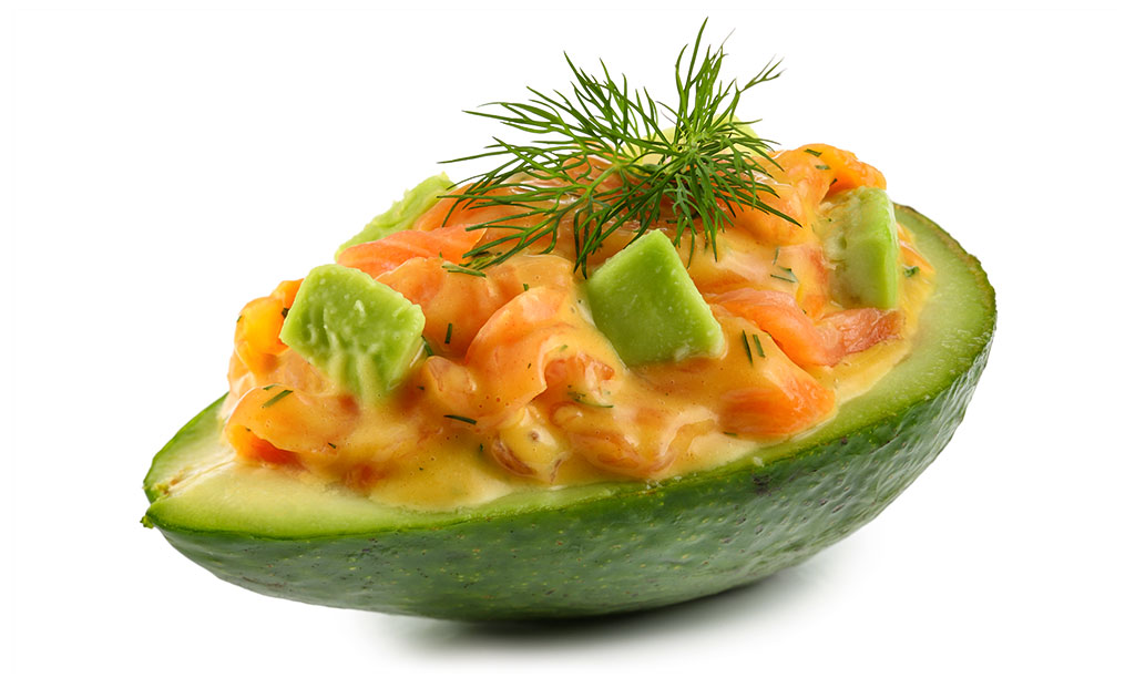 avocado salat mit lachs rezept. Black Bedroom Furniture Sets. Home Design Ideas