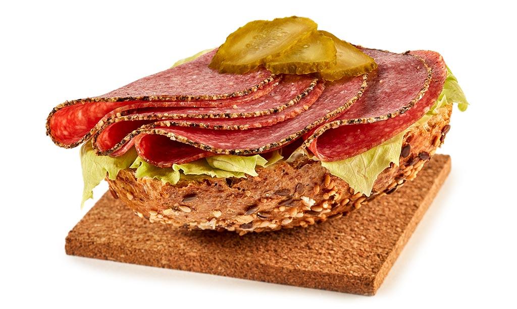 Salami br tchen rezept - Gurken dekorativ schneiden ...