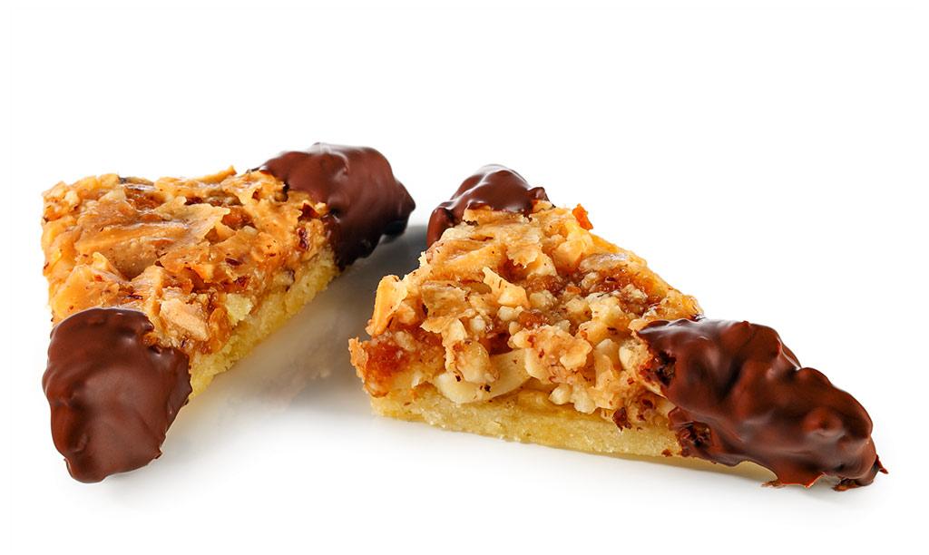Amaretto nut corners