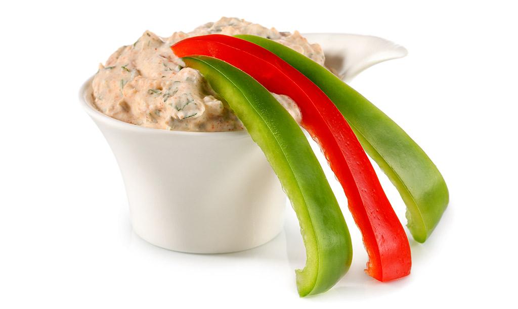 Rezept drucken paprika mit thunfisch dip - Gurken dekorativ schneiden ...