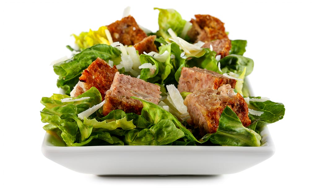 Caesar salad with meat loaf