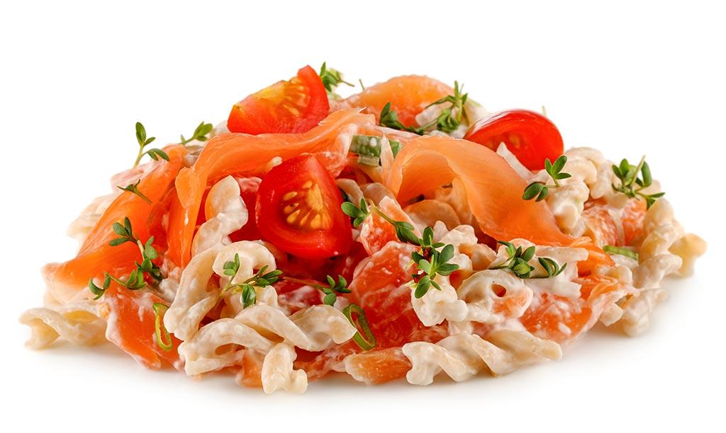 Whole grain noodle salad with salmon