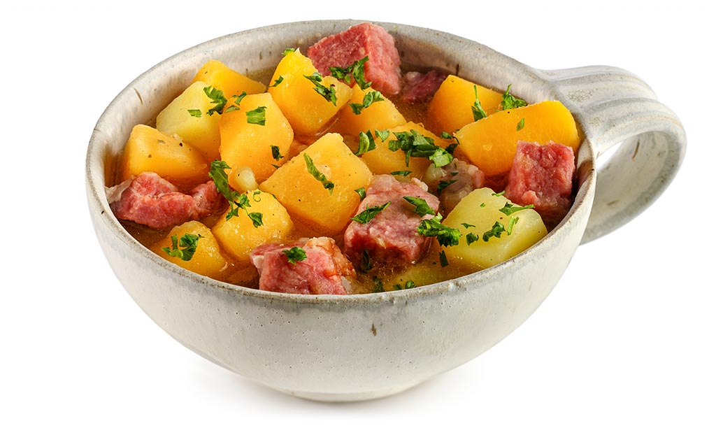 Beet stew with Kassler