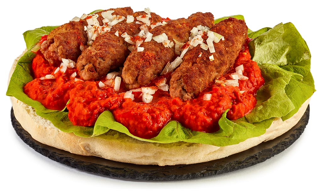 Cevapcici with flat bread