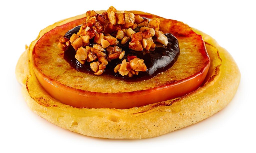 Apple pancake with plum puree