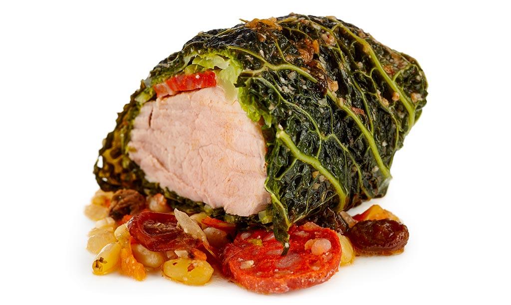 Lomo con col pork fillet with cabbage