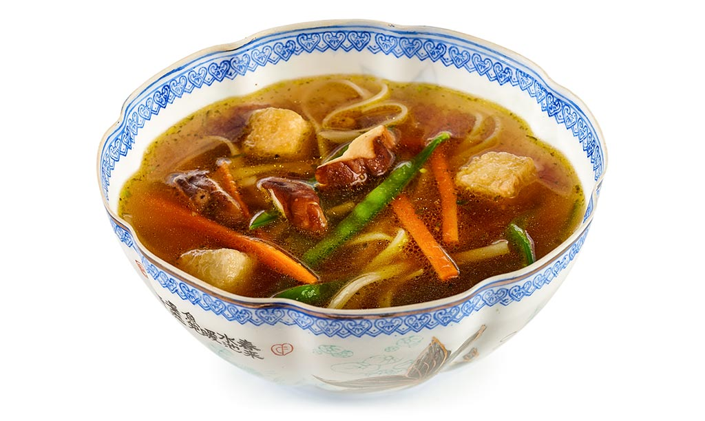 Asian noodle soup vegan