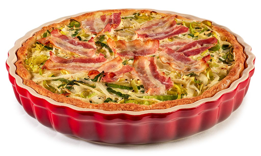 Quiche with curd oil dough