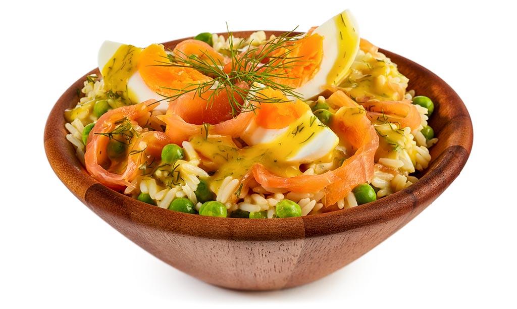 Rezept drucken reis salat mit lachs und ei - Eier hart kochen zeit ...