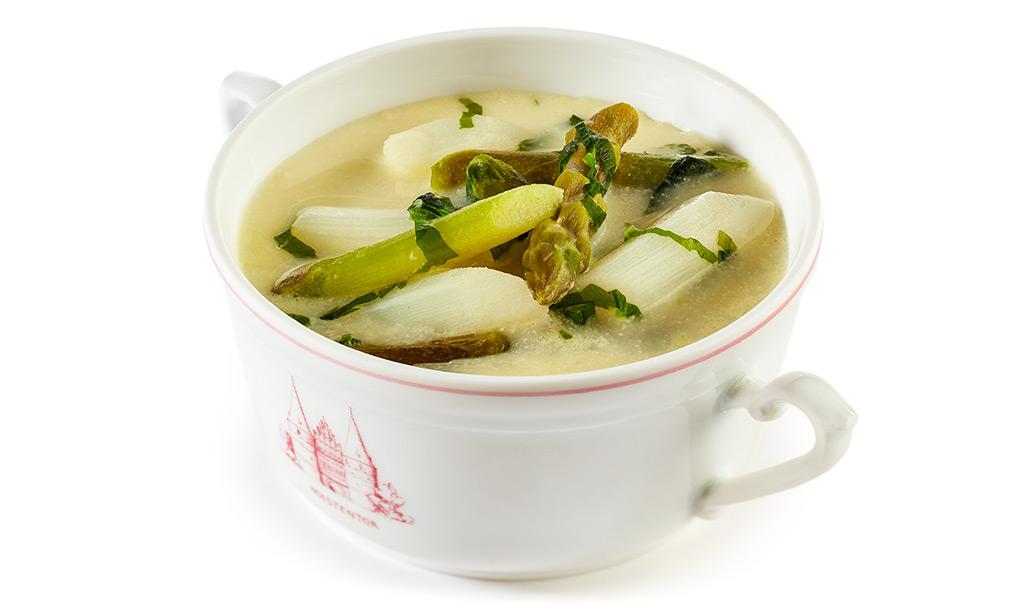 Asparagus soup with wild garlic