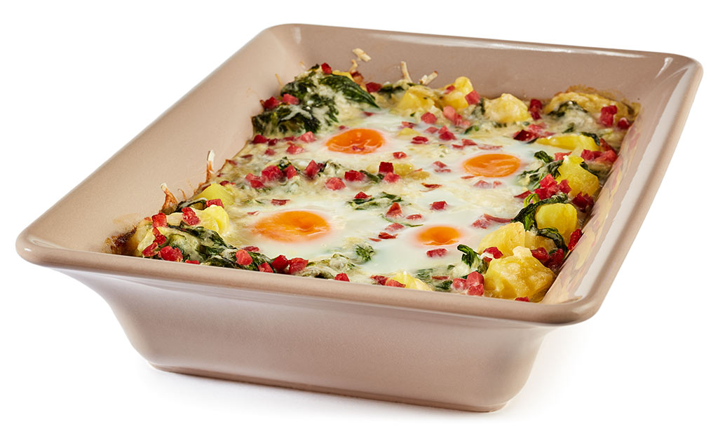 Spinach casserole with fried egg