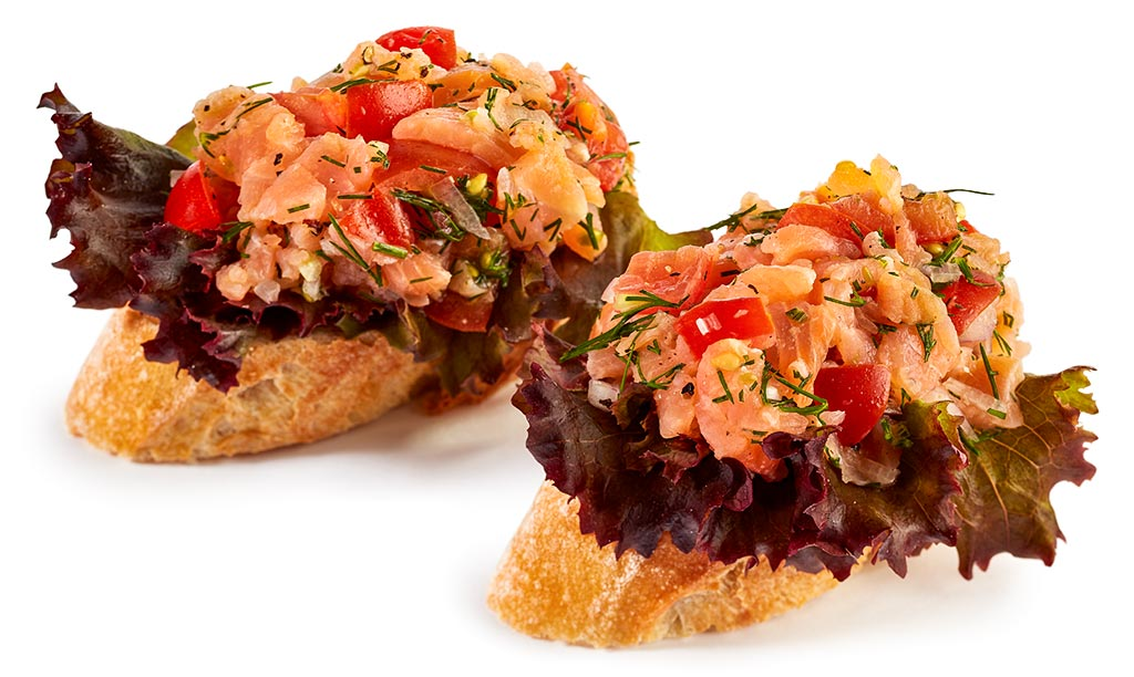 Canapes with Salmon Tatar