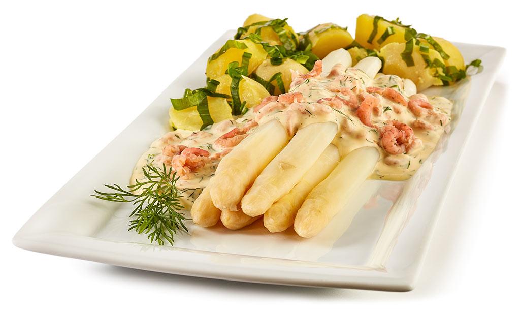 Asparagus with crab sauce Hollandaise