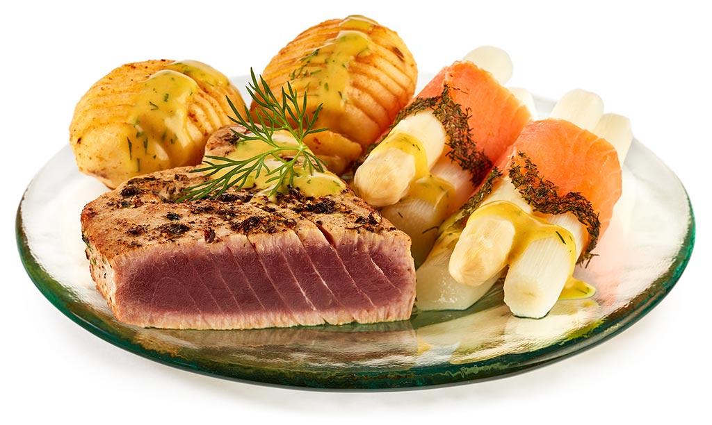Tuna & salmon with asparagus