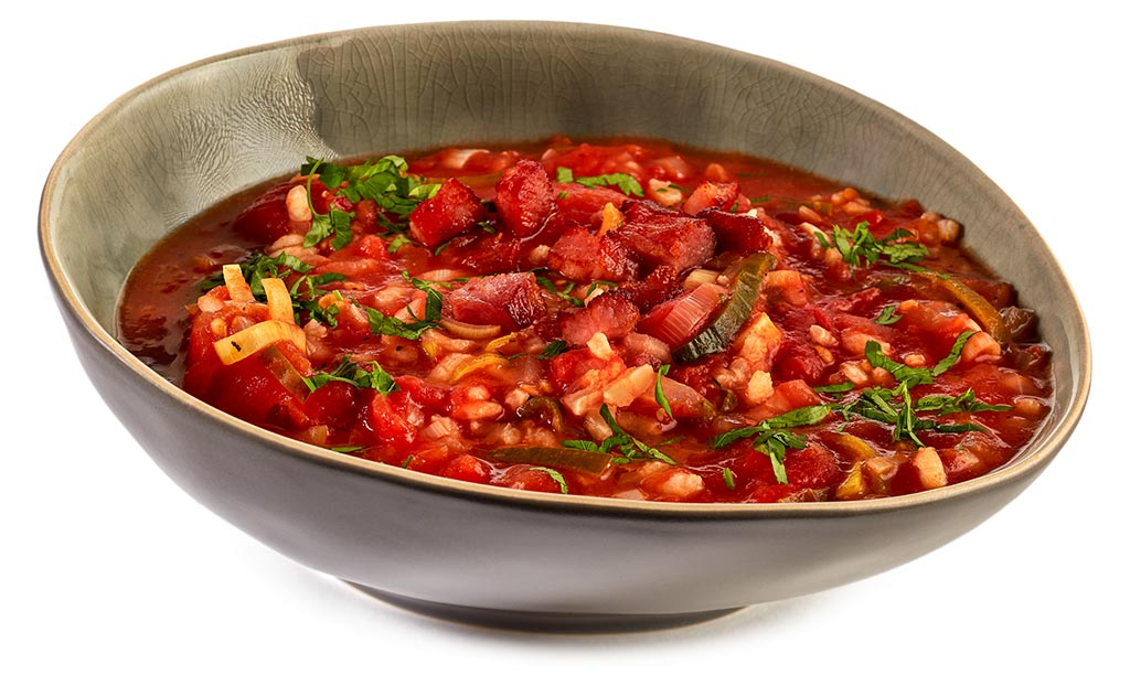 Tomato soup with rice and bacon