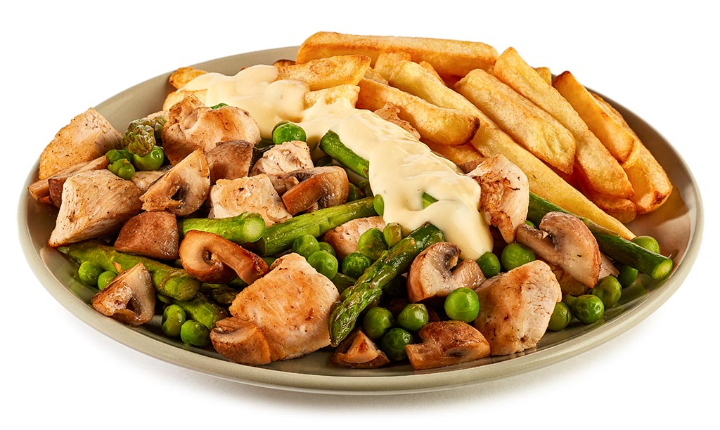 Chicken fricassee with fries
